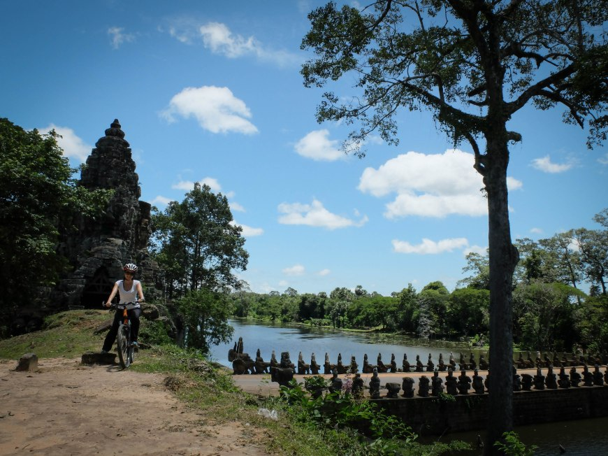 Cycling tour of Angkor Wat
